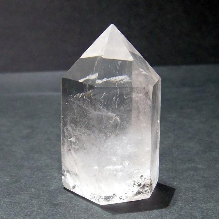 水晶ポイント 六角柱 クリスタル ポイント 72g_